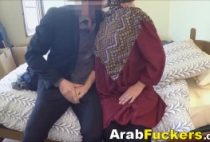 Poor Arab Chick Desperate For Poor Arab Chick Desperate For poor arab chick desperate money sucks fucks big white dick 01 210x142